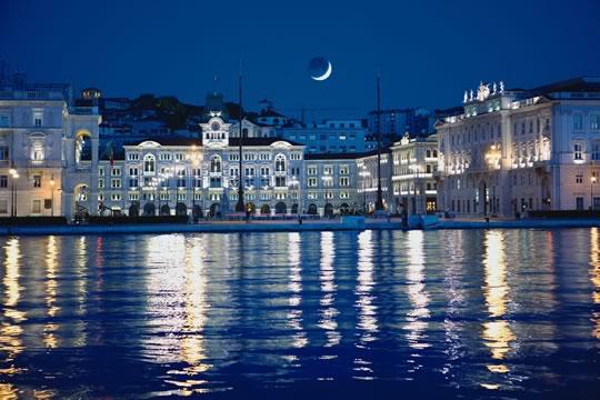 Trieste scontrosa grazia for Piazza del friuli