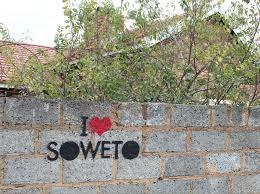 """Due bambine a Soweto:  """"Perchè lei è povera?"""""""