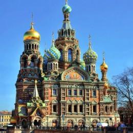 I lussi di San Pietroburgo  malata di Potere