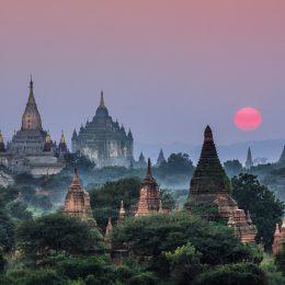 La Birmania di templi e risaie,  un piccolo mondo antico