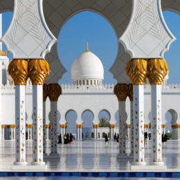 Abu Dhabi e Dubai,  le gemelle rivali