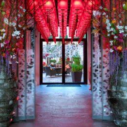 Il Buddha bar hotel,  lanterne rosse a Parigi