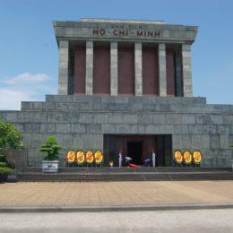 Hanoi, venite con me  nel mausoleo di Ho Chi Minh